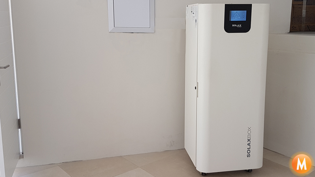 solar-storage-battery
