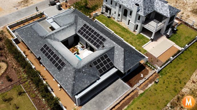 Solar-Panels-Val-de-Vie